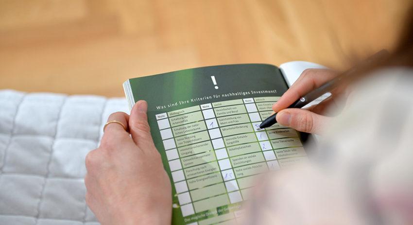 71c1d97389cba6 Der Nachhaltige Warenkorb bietet nicht nur online Informationen. Nutzen Sie  unsere Materialien und verbreiten Sie Wissen über Nachhaltigen Konsum.