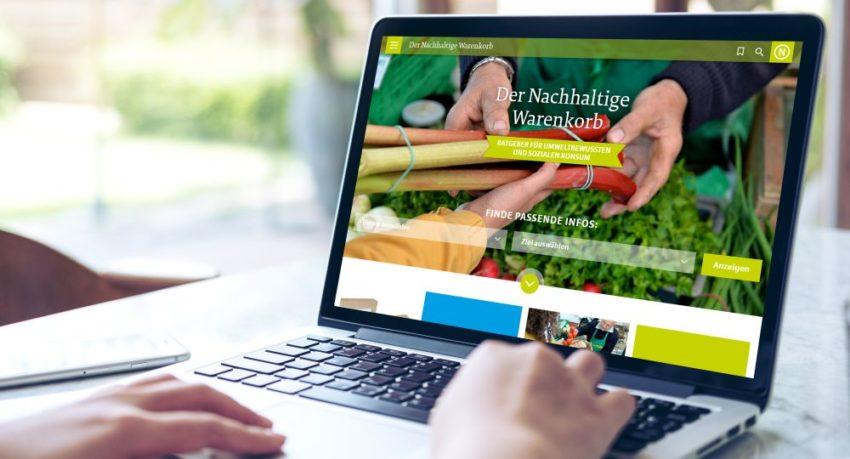 Laptop mit Website Der Nachhaltige Warenkorb