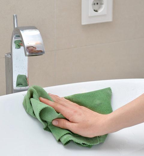 Waschbecken wischen